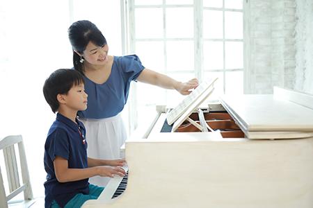 鶴ヶ島市の滝沢ピアノ教室・英語リトミック教室/ピアノレッスン